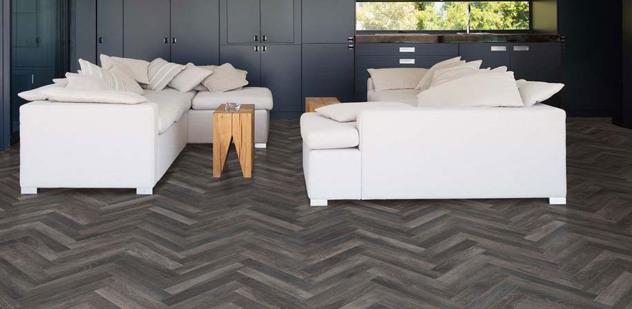 Upscape-Nero-Wood-Look-Tile-Room-Scene