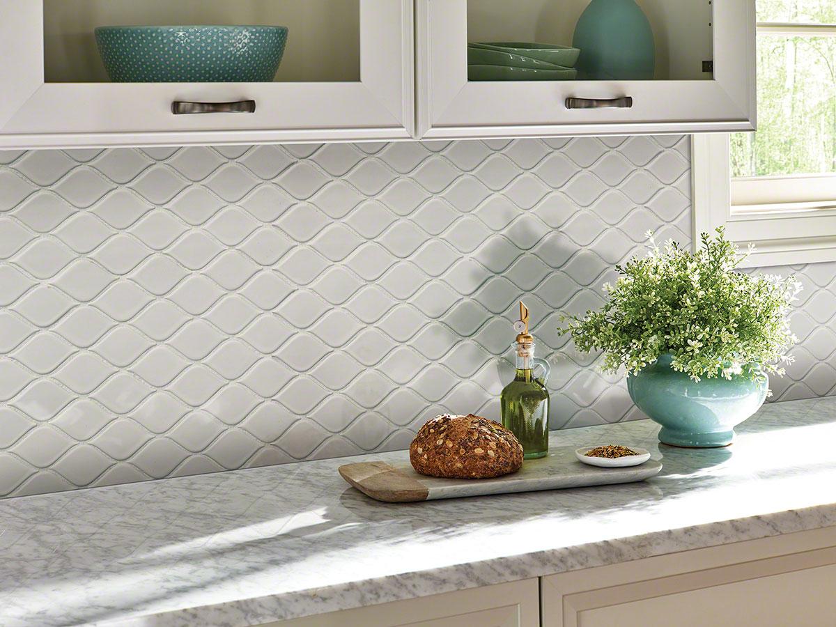 - White Tear Drop Glossy Backsplash Tile Ceramic Wall Tile