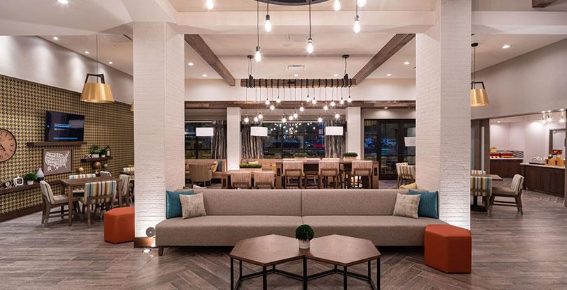 Hotel-Lobby-Flooring-ANTONI-GRIS-ROOM-SCENE