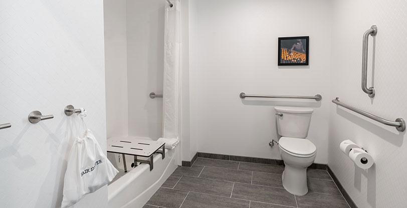 Hotel-Bathroom-Flooring-Metropolis-Grey-Room-Scene