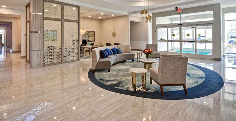 Hospitality-flooring-in-hotel-lobby-Pietra-Venata-White-Room-Scene