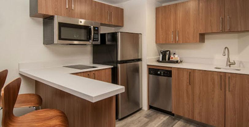 Sparkling-White-hotel-Kitchen-area-Room-Scene