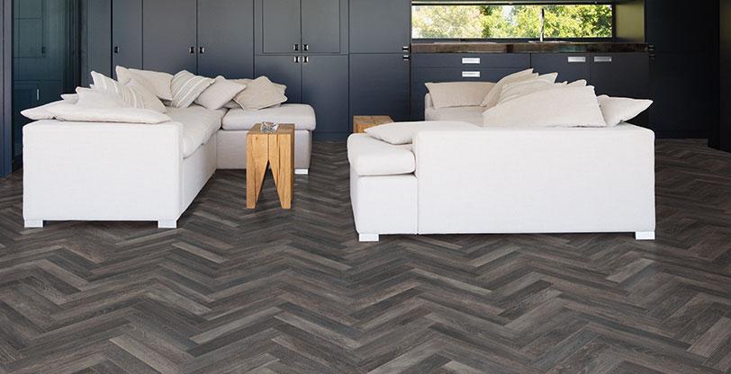 Upscape-Nero-Wood-Look-Tile-Room-Scene-
