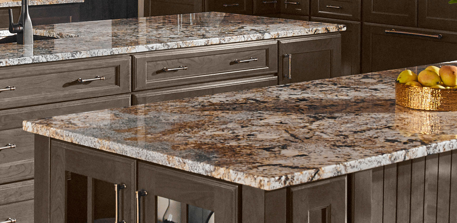 Kitchen Room Scene Caravelas Gold Granite Countertop